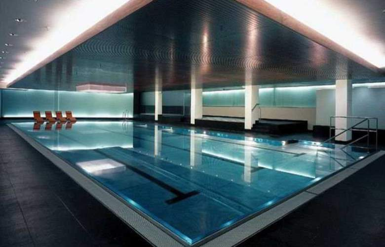 Intercontinental Duesseldorf - Pool - 2
