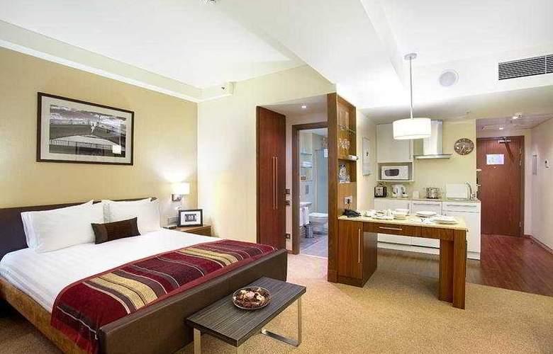 Staybridge Suites Moskovskye Vorota - Room - 0