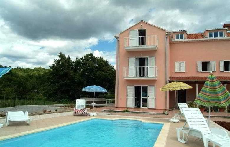 Villa Darrer - Hotel - 0