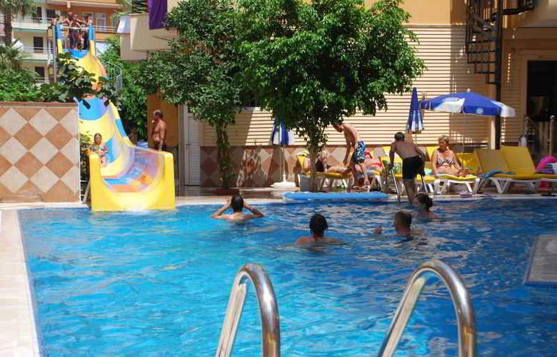 Kleopatra Ikiz Hotel - Pool - 11