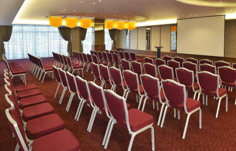 Swiss Belhotel Seef Bahrain - Conference - 14