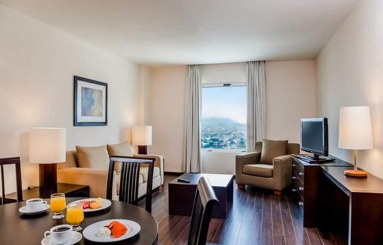 Fiesta Inn Monterrey Fundidora - Room - 8