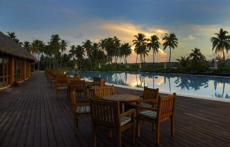 Herathera Island Resort - Terrace - 6
