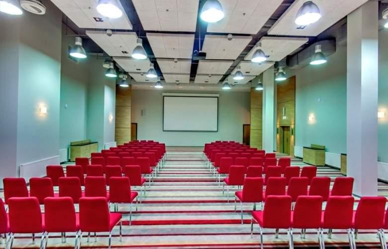 Ramada Encore Kyiv - Conference - 13