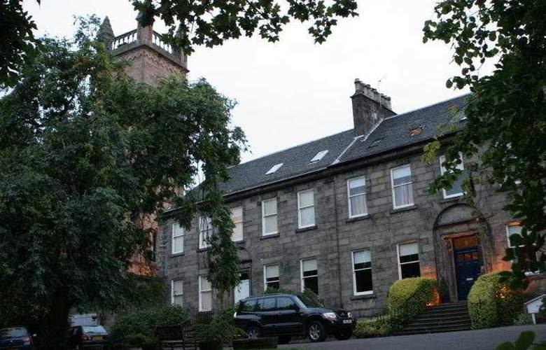 Ashtree House Hotel - Hotel - 0