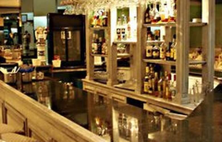 Del Prado - Bar - 3