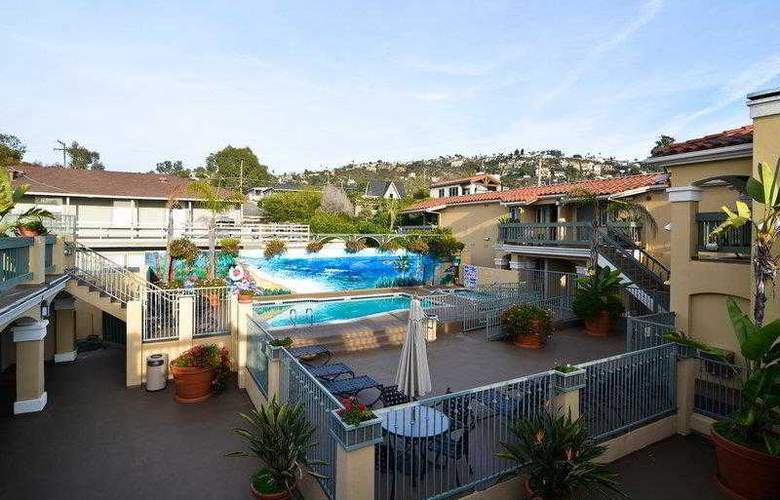 Best Western Plus Laguna Brisas Spa Hotel - Hotel - 16