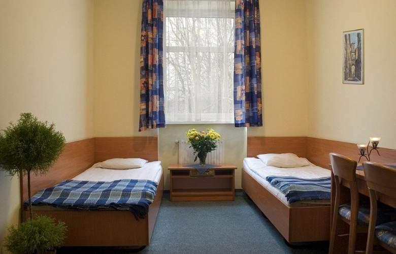 Miramar - Room - 10