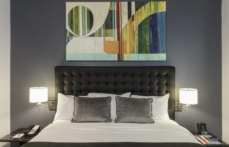 Broadway Plaza Hotel - Room - 9