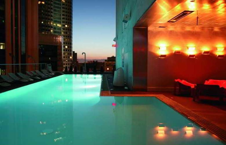 The Standard Downtown LA - Pool - 1
