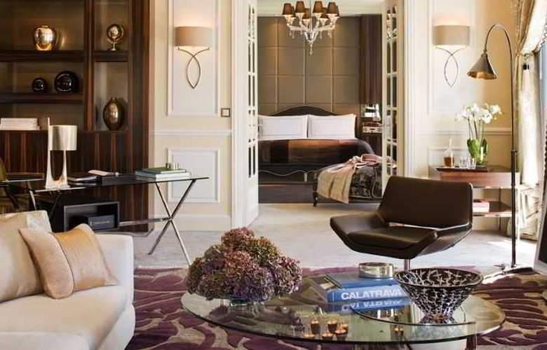 Hotel Four Seasons Des Bergues - Room - 6