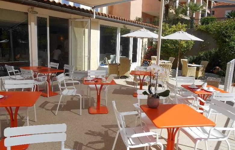 Qualys-Hotel Matisse - Terrace - 6