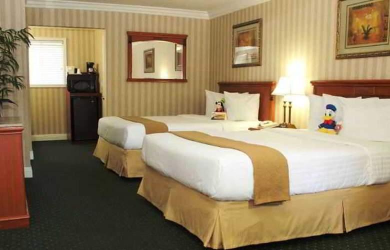 Econo Lodge Maingate - Room - 3