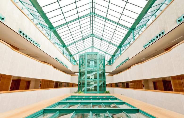 Exe Gran Hotel Almenar - Hotel - 3