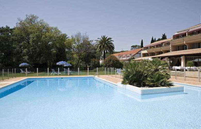 Best western Golf Hotel De Valescure - Pool - 7