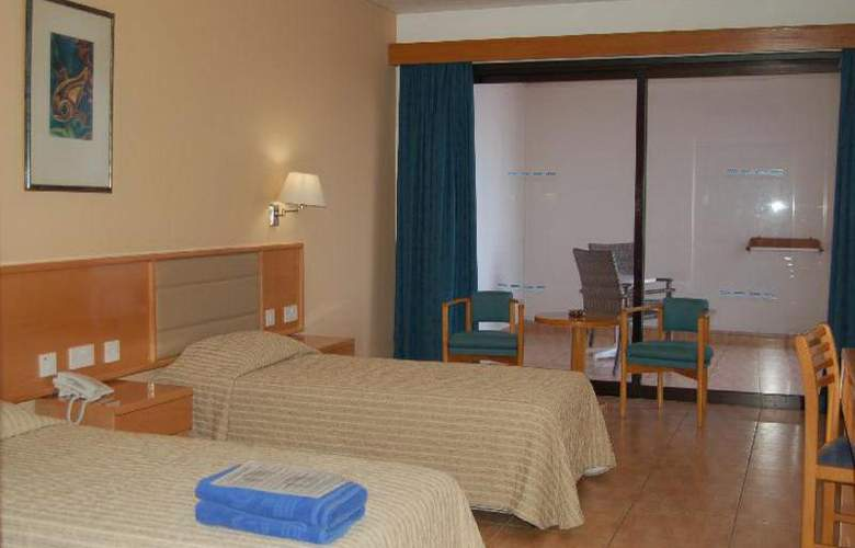 Cavo Maris Beach - Room - 12