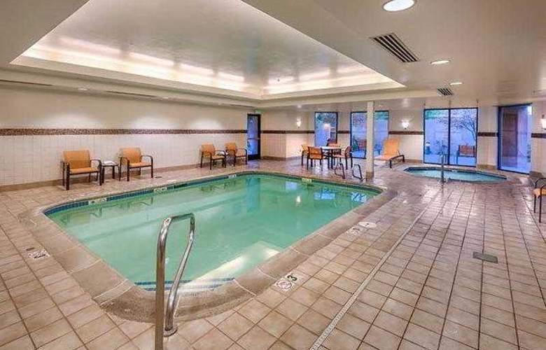 Courtyard Reno - Hotel - 13