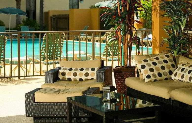 Best Western Plus Orlando Gateway Hotel - Hotel - 29