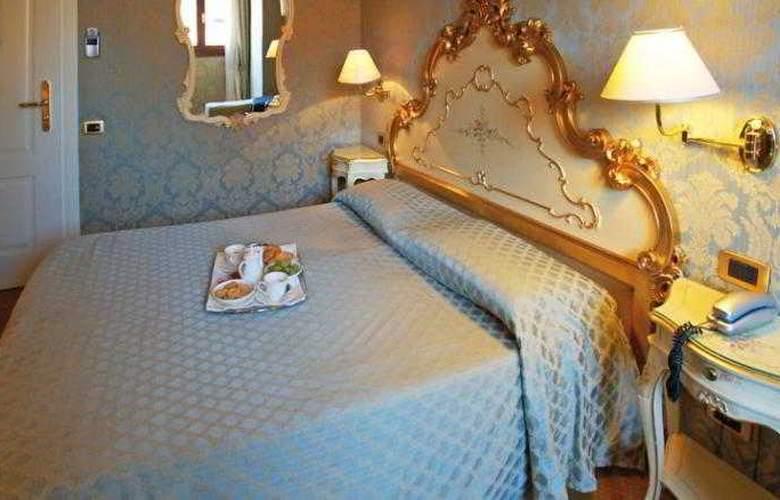 Torino - Room - 9