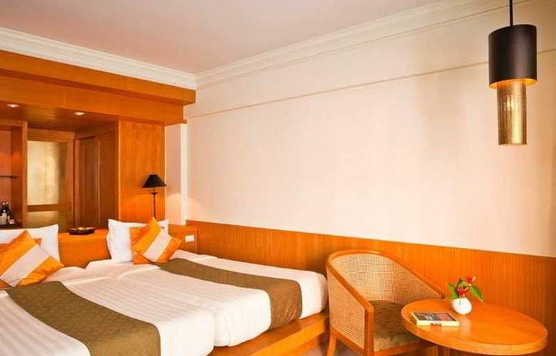 Seaview Patong - Room - 4