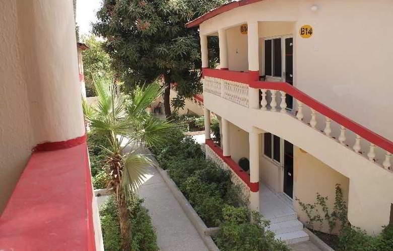 Palm Beach Hotel - Hotel - 5