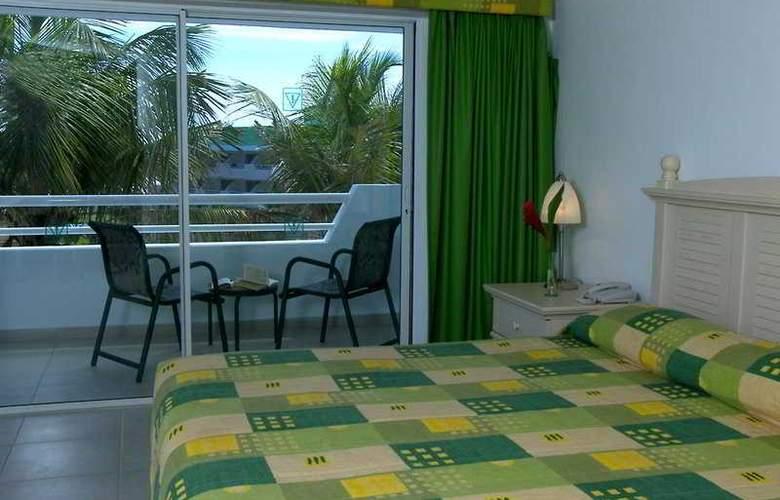 Isla Caribe Beach Resort - Room - 1