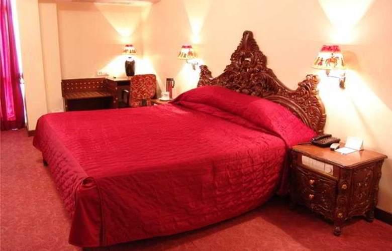 Grand Sartaj - Room - 3