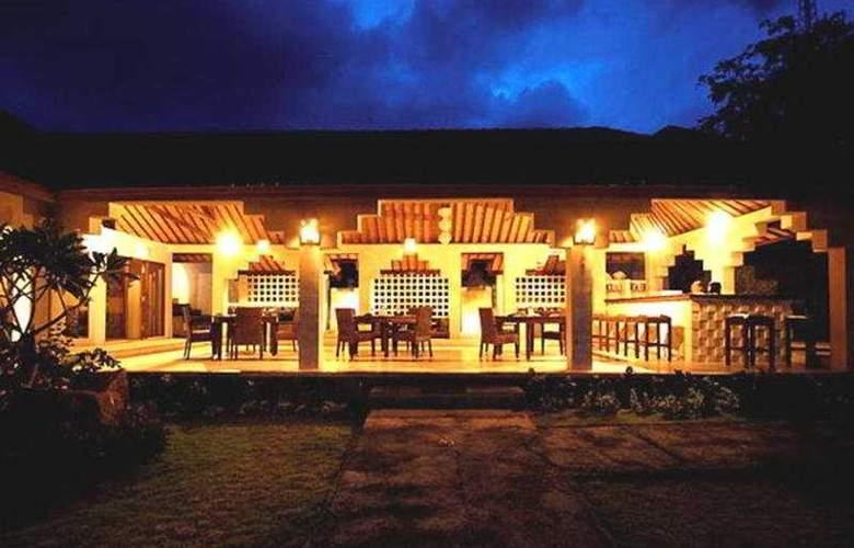 Anda Amed Resort - Terrace - 6