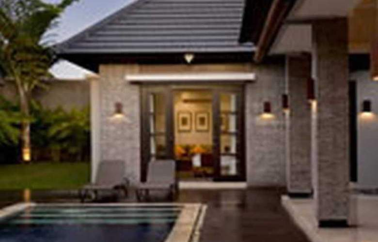The Wolas Villa and Spa - Pool - 9