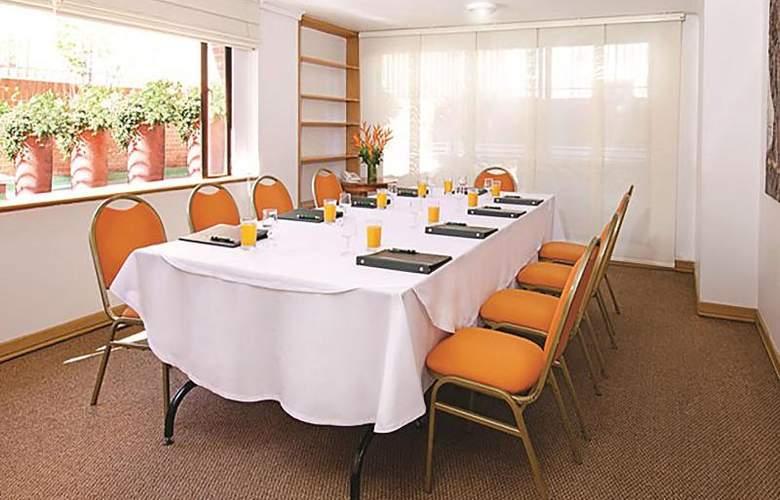 Parque 97 Suites - Conference - 17
