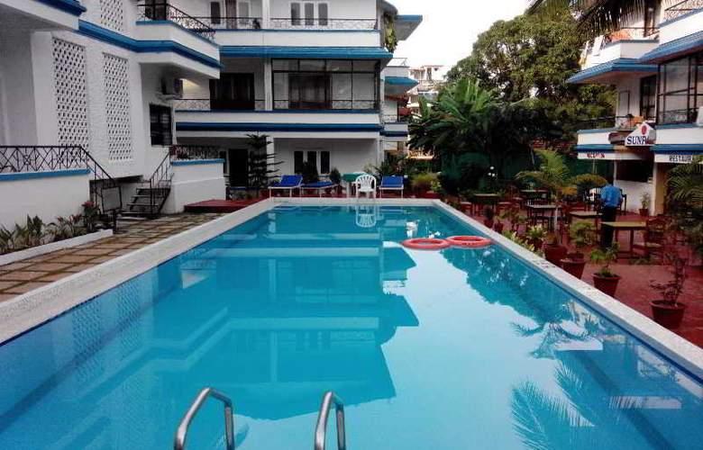 Sun Park Resort - Pool - 12
