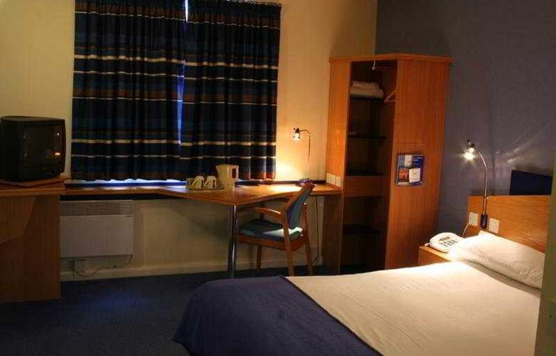 Holiday Inn Express Southampton West - Room - 1