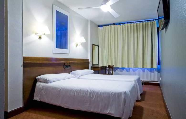 IBILTZE - Room - 7