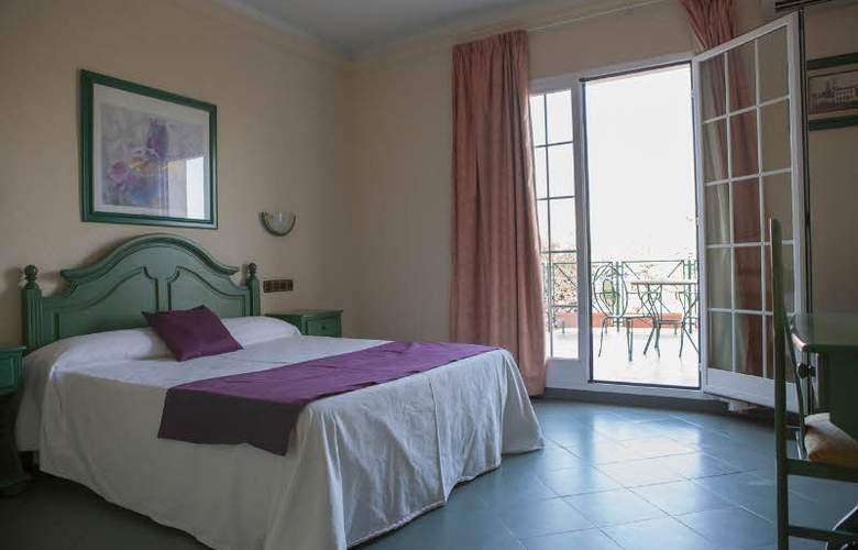 Mitra - Room - 5