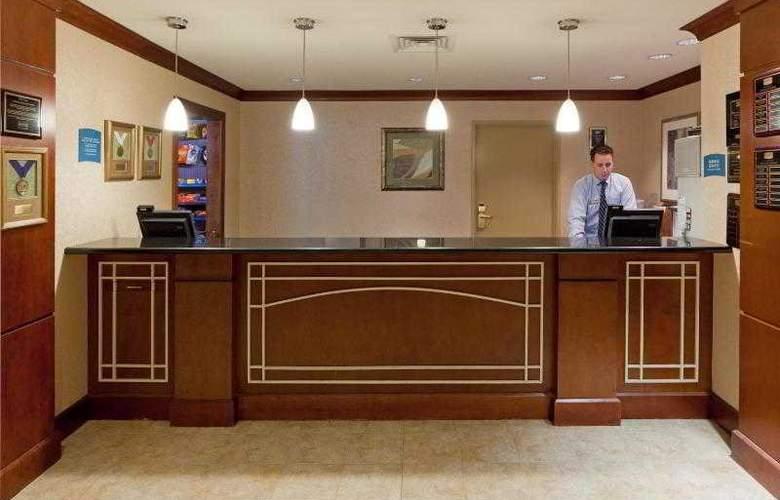 Staybridge Suites Tysons-McLean - Hotel - 14