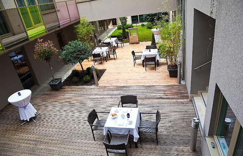 Pakat Suites Hotel - Terrace - 9