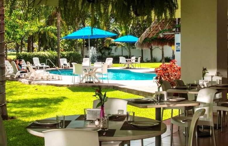 Comfort  Inn Puerto Vallarta - Restaurant - 25