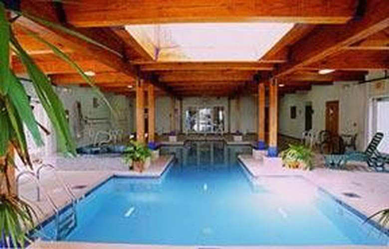 Comfort Inn Ocean's Edge - Pool - 4