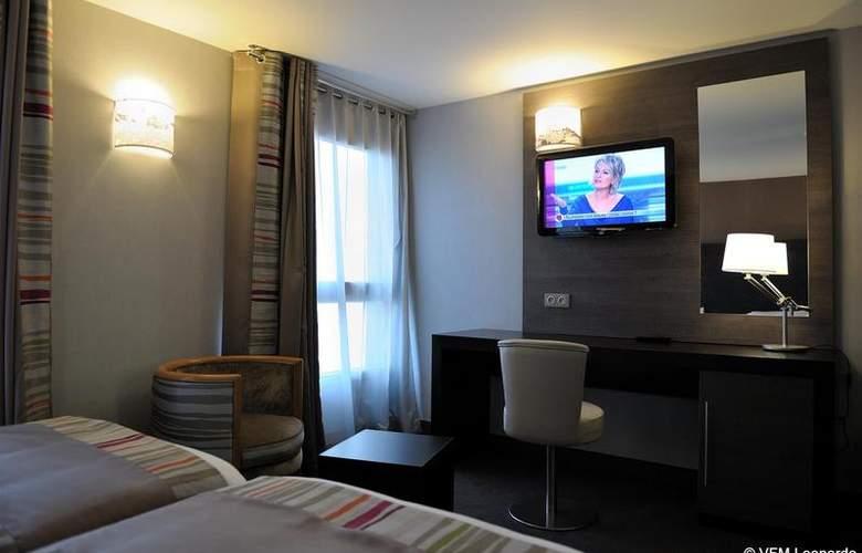 Holiday Inn Paris Montmartre - Room - 6