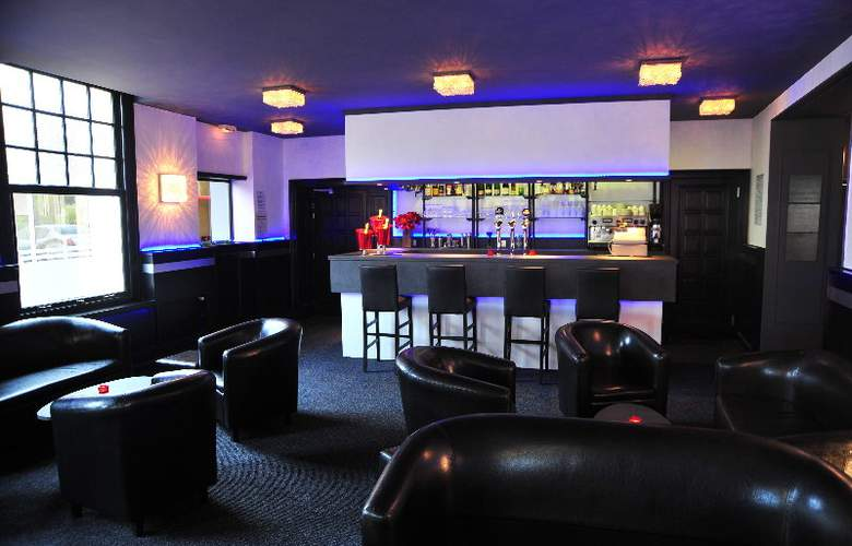 Interhotel Le Bretagne - Bar - 13
