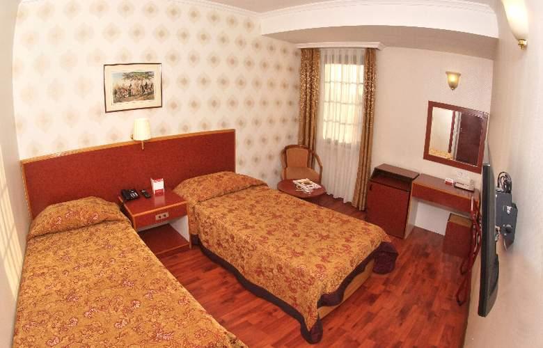 Orient Mintur - Room - 14