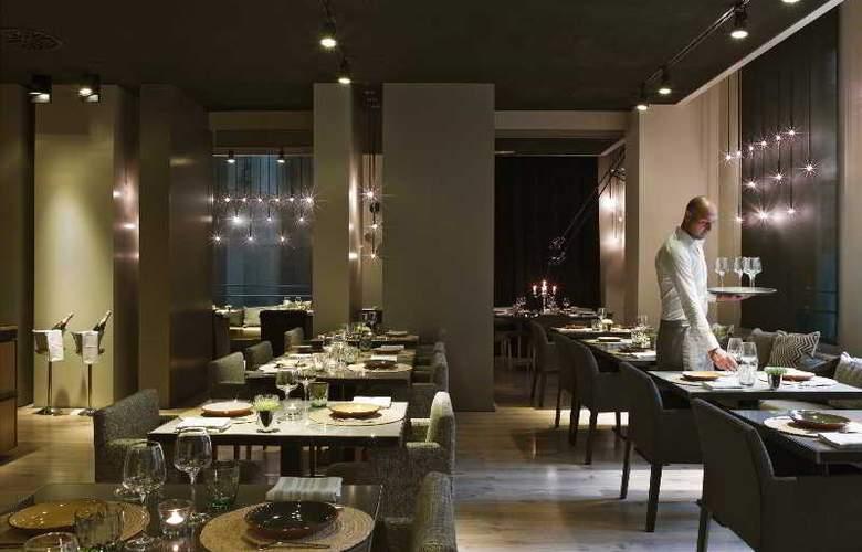 Grand Hotel Central - Restaurant - 27
