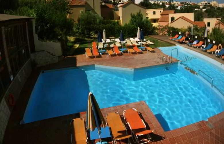 Dream Village - Pool - 12