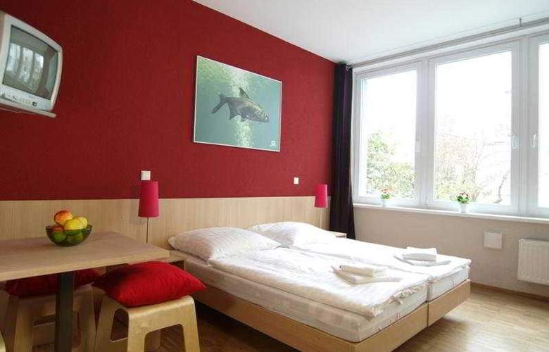 Meininger Hamburg City Center - Room - 5
