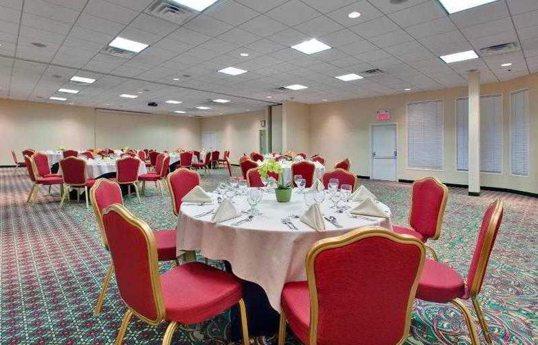 Holiday Inn Montreal Longueuil - Hotel - 10