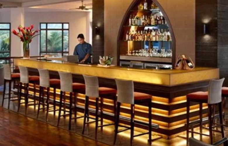 Kenilworth Beach Resort - Bar - 18