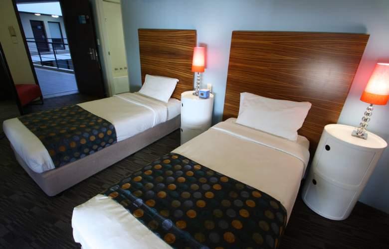 Abey Hotel - Room - 5