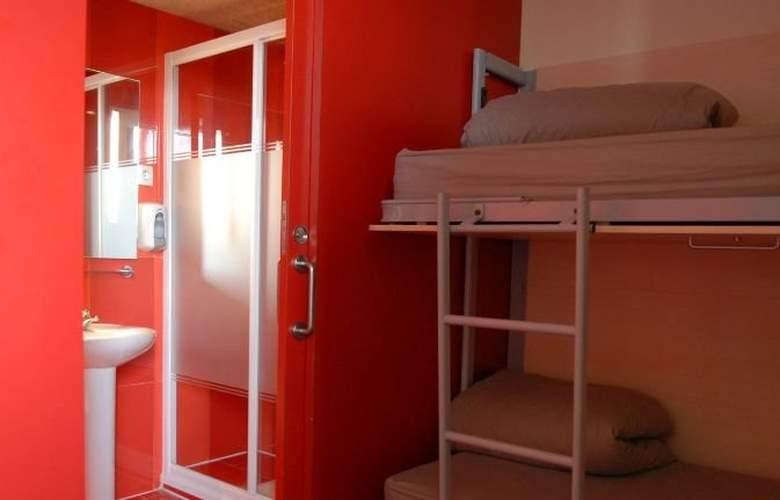 Barcelona Urbany Hostel - Room - 1