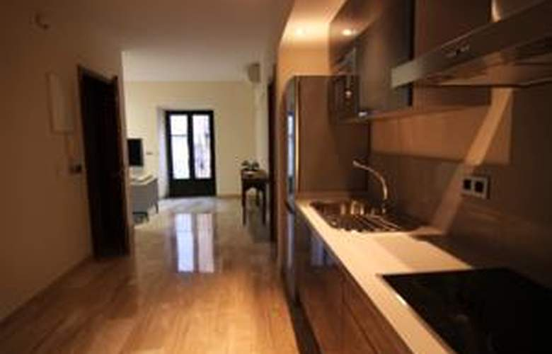Living-Sevilla Apartments Maestranza - Room - 5