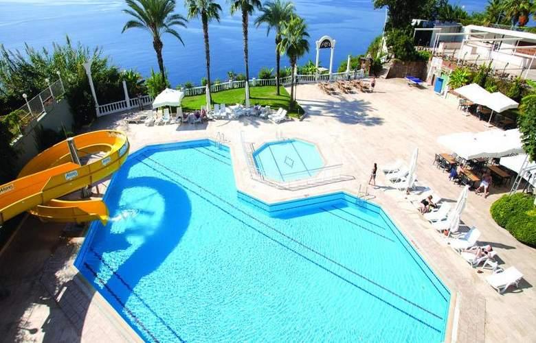Adonis Hotel - Pool - 19